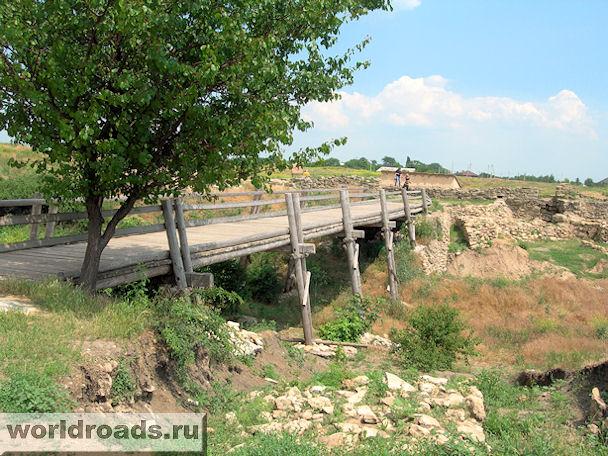 Танаис. Мост через ров