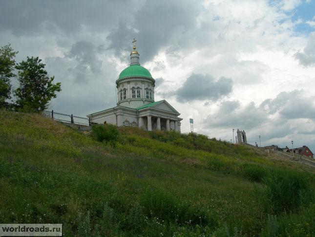 Сурб-Хач на холме