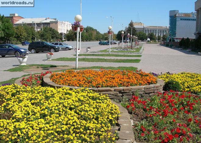 Площадь перед мэрией Новочеркасска