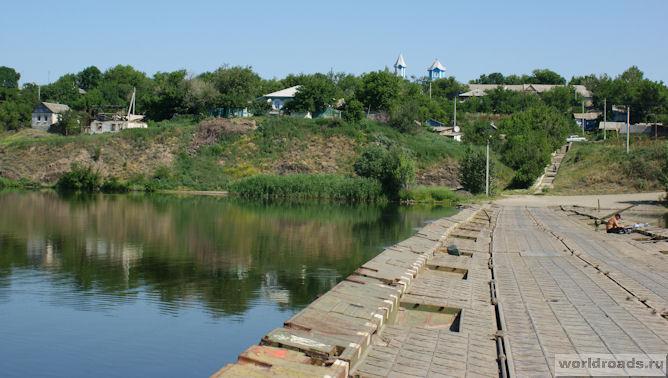 Вид с моста на Краснодонецкую