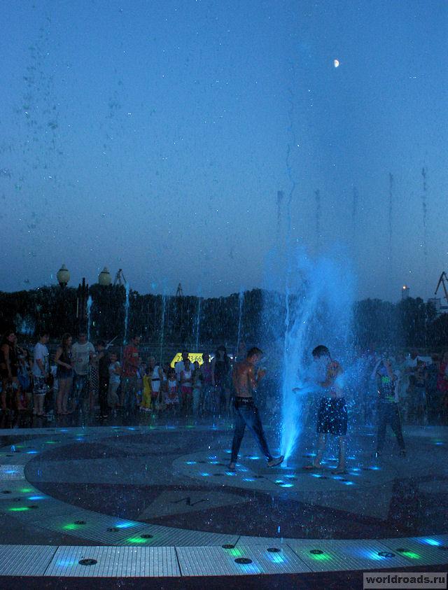 Вечером в фонтане