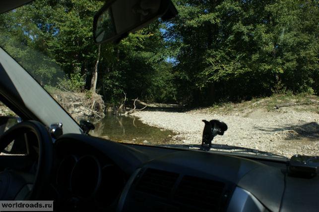 Дорога по реке