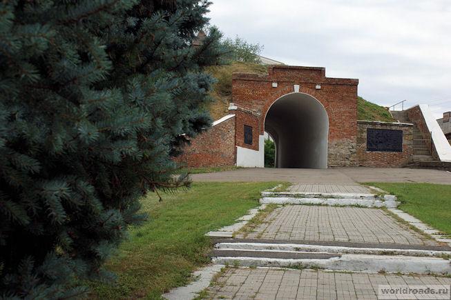 Алексеевские ворота