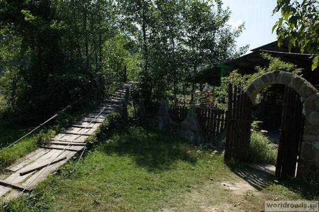 Кафе у моста к Пещере Ведьм