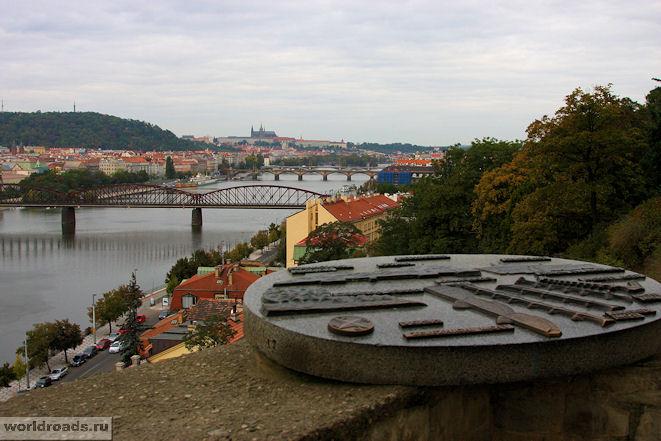 Вид с Вышеграда на Прагу
