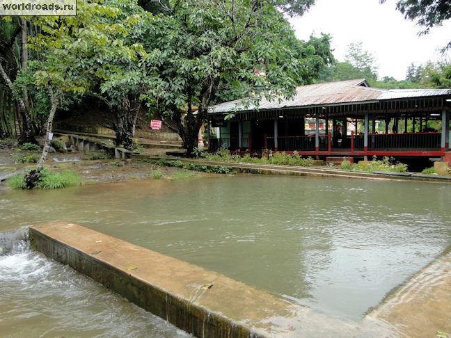 Бассейн у водопадов Pwe Kauk Falls
