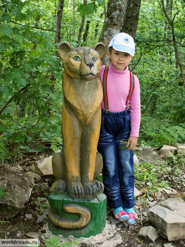 Две львицы - наша дочка по гороскопу Лев