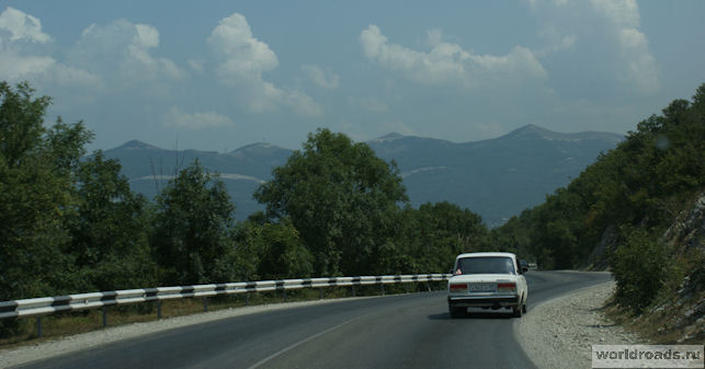 Дорога из Абрау-Дюрсо