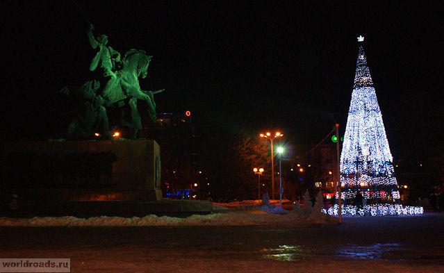 Ёлка на площади Советов