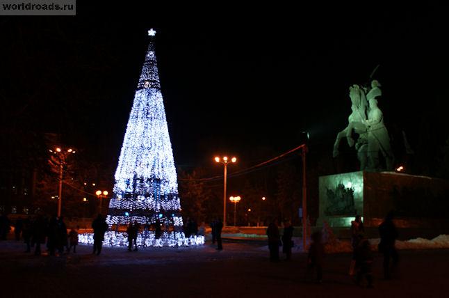 Техноёлка на площади Советов